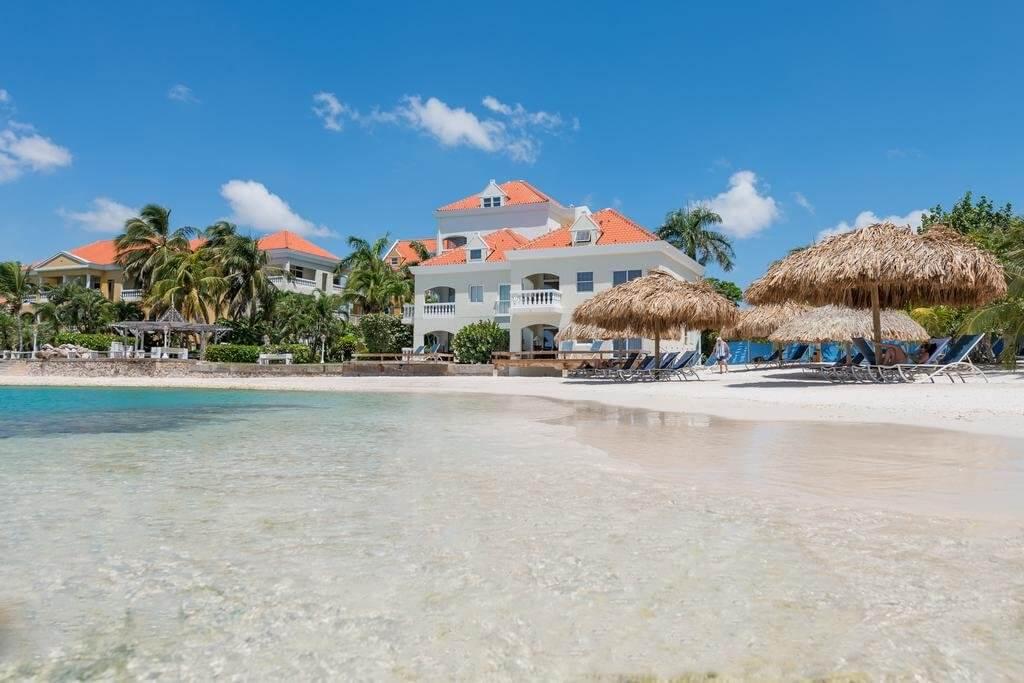 Avila beach hotel op curacao