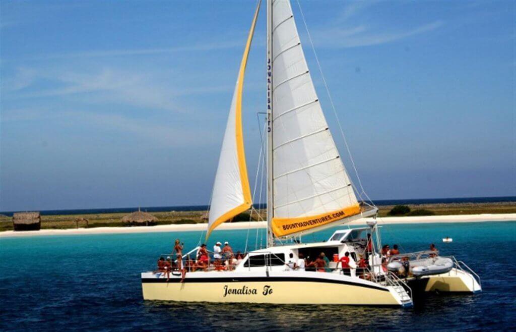 Excursie Klein curacao catamaran
