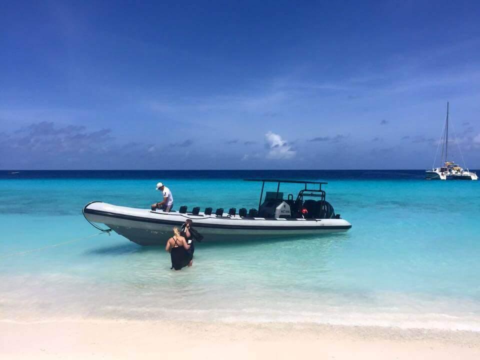 Excursie Klein Curacao powerboat