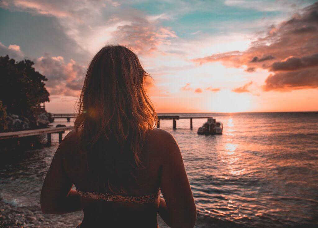 Vrouw op Curaçao